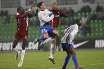 FC Metz - Amiens SC, 15e journée de Ligue 2  : Diagne Fallou et David Fleurival à la lutte avec Rafik Saïfi