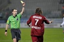 FC Metz - Amiens SC, 15e journée de Ligue 2  : Alexander Odegaard a reçu un carton quelques secondes après son entrée en jeu. Sévère!