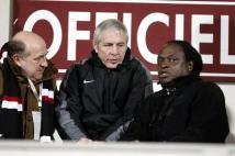 Metz - Sedan, 21e journée de Ligue 2  : Jules Bocandé était de retour à Saint-Symphorien! Il est ici entouré de Joël Muller et de Nico Braun.